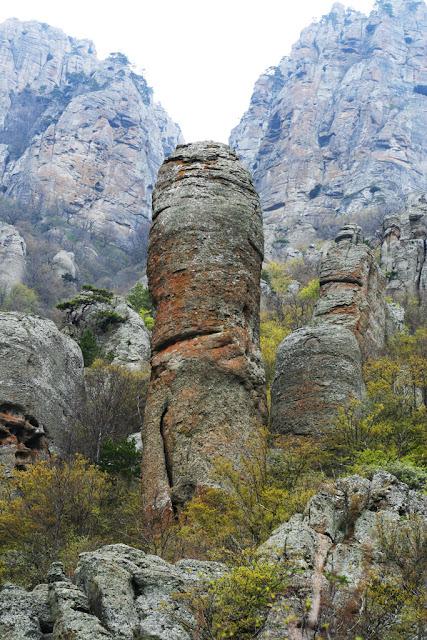 Долина Привидений на Украине. Фото
