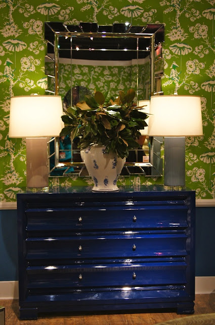 lisa mende design on trend lacquer furniture amy