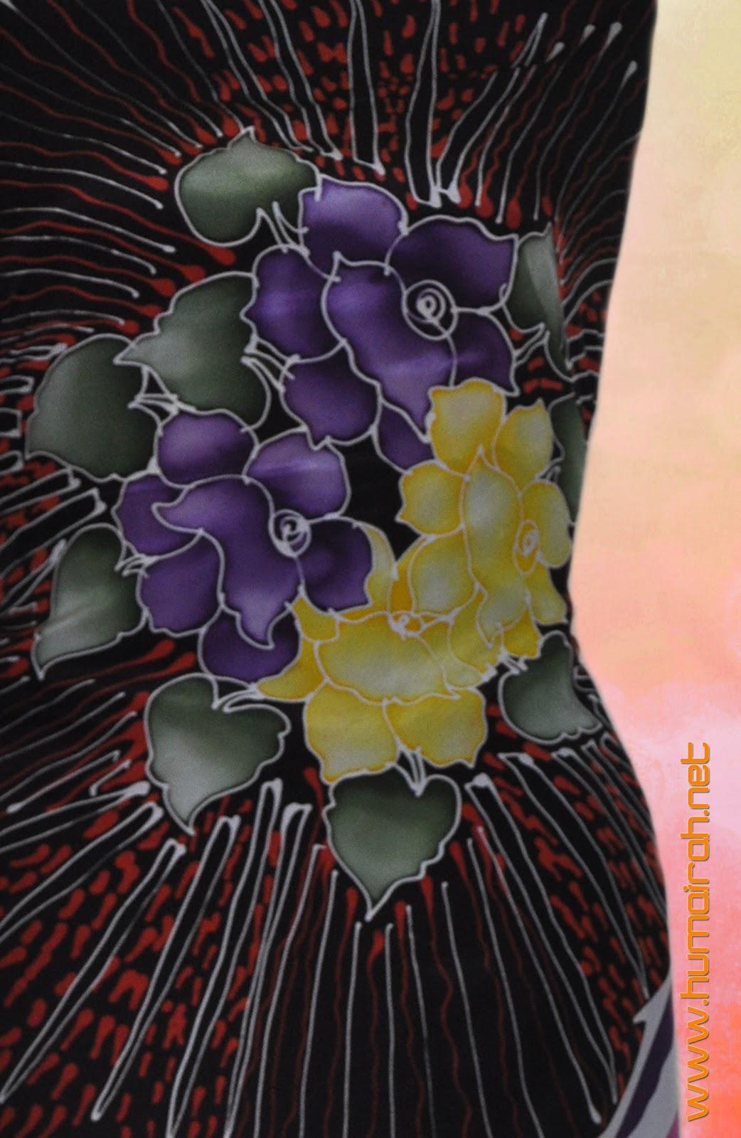 Bunga Raflesia Penuh Batik Sutera Love Terengganu