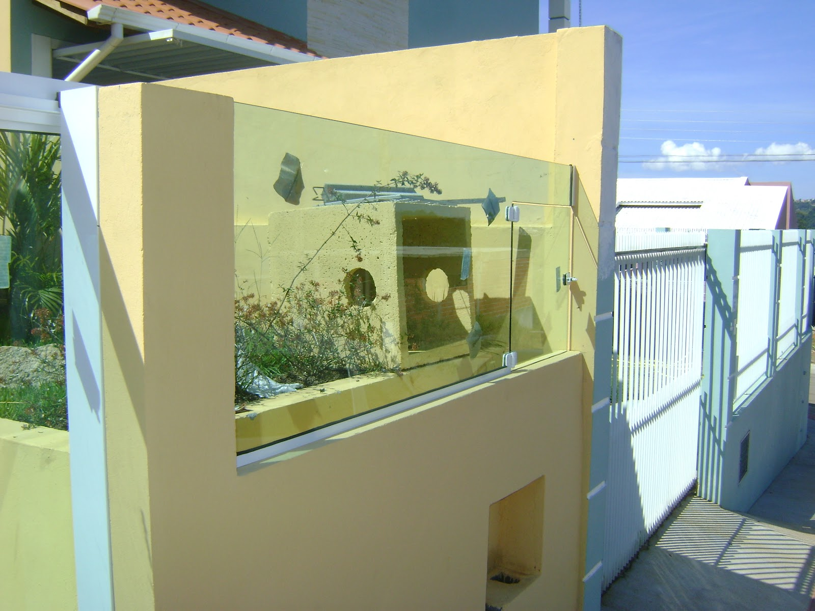 Imagens de #245AA7 Vidraçaria VidroMax: MURO EM VIDRO TEMPERADO VERDE 1600x1200 px 2108 Box De Vidro Para Banheiro Sao Jose Dos Campos
