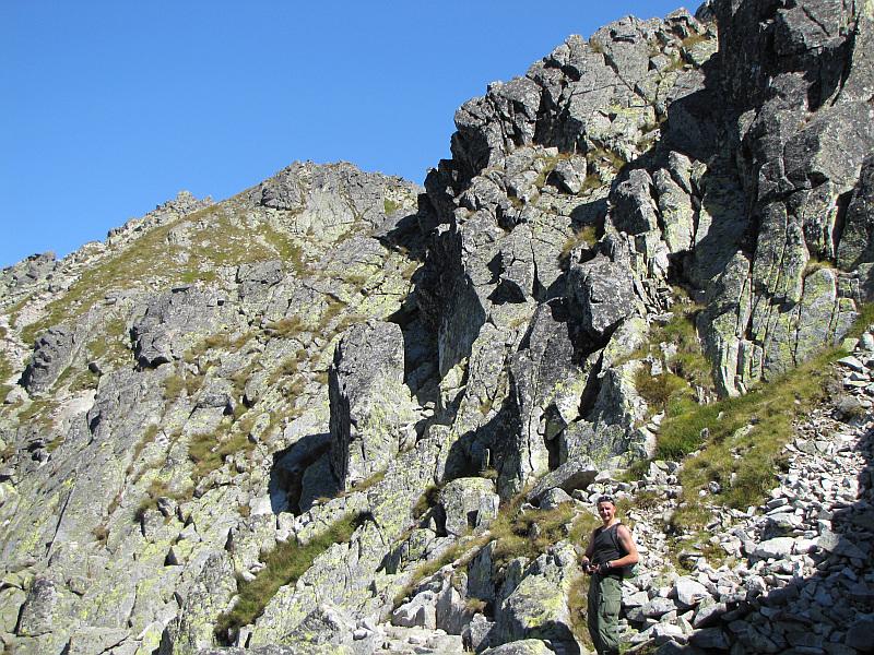 Przed nami Zadni Granat (2240 m n.p.m.) - najwyższy z trzech wierzchołków masywu Granatów.