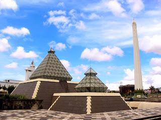 Daftar Tempat Obyek Wisata Kuliner Surabaya Jawa Timur  Terbaru Unik Lengkap
