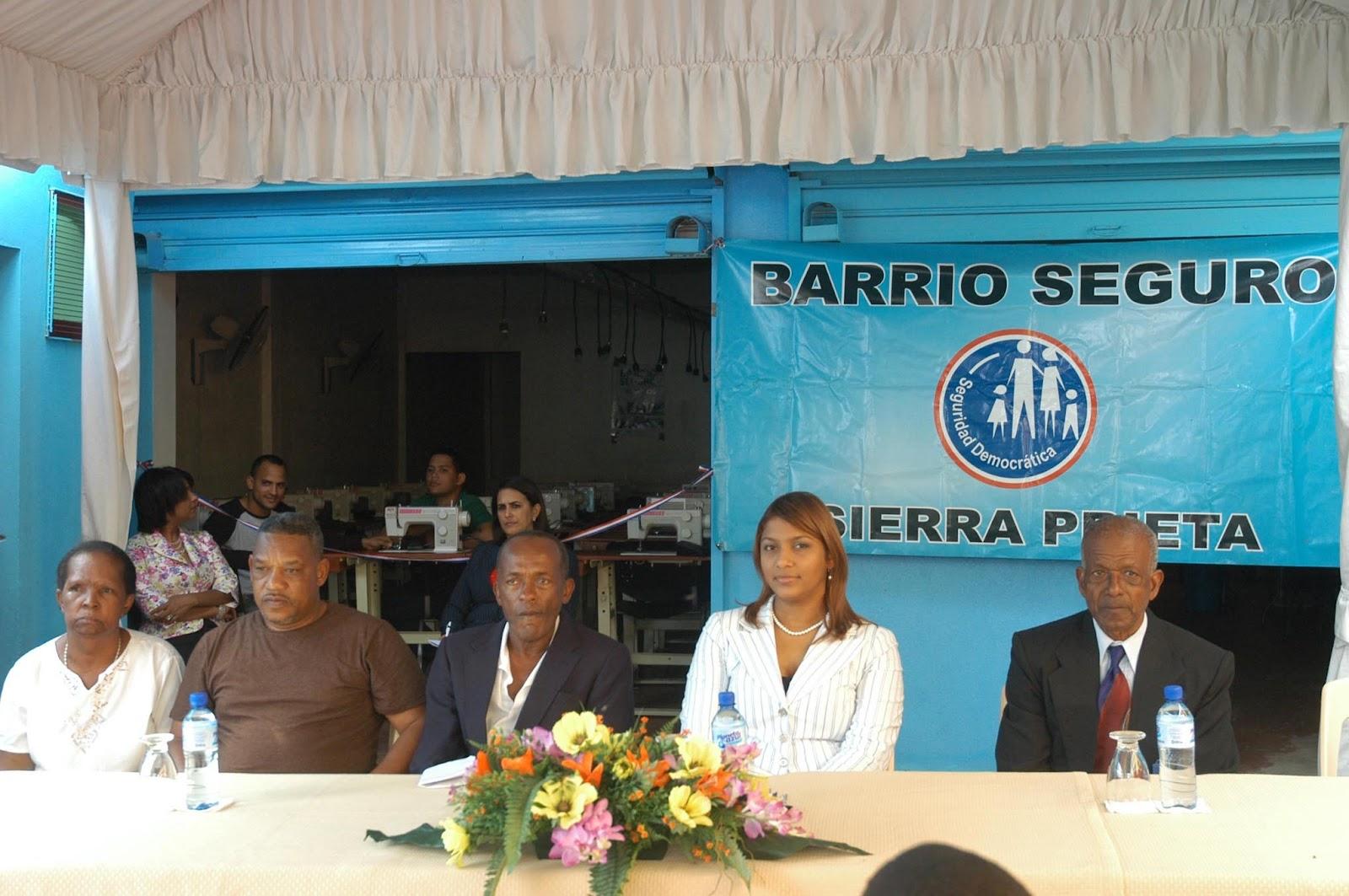 Sd norte ministerio de interior y policia inaugura tres for Ministerio interior y policia