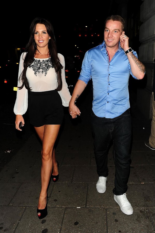 Danielle+Lloyd+Leggy+ +Novikov+Restaurant%252C+London+ +September+1%252C+2012+6 Danielle Lloyd Leggy Photos in Novikov Restaurant, London