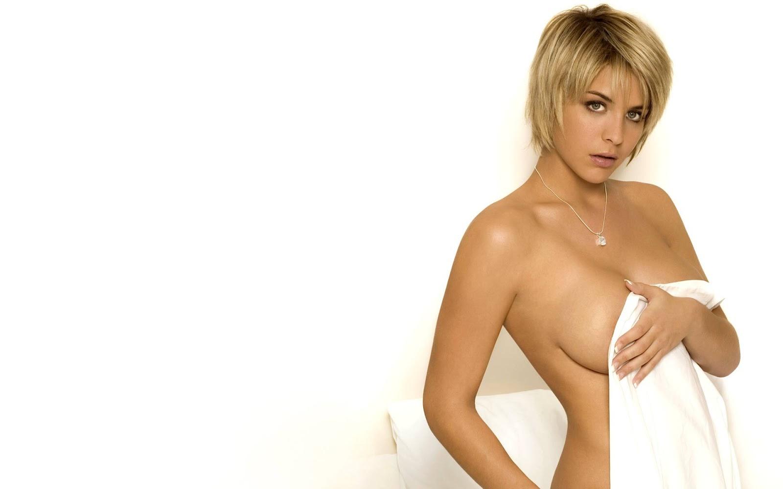 breastes wallpaper