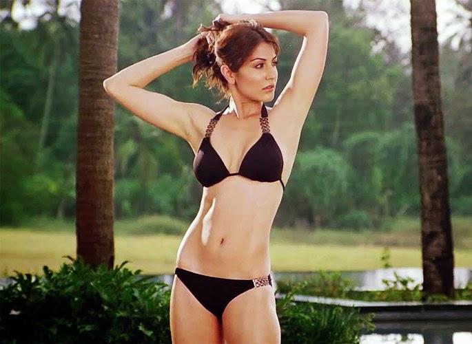 Sonam Kapoor in Bikini, Ileana D'Cruz in Bikini, Nargis Fakhri in Bikini, Alia Bhatt in Bikini, Anushka Sharma in Bikini, Deepika Padukone in Bikini