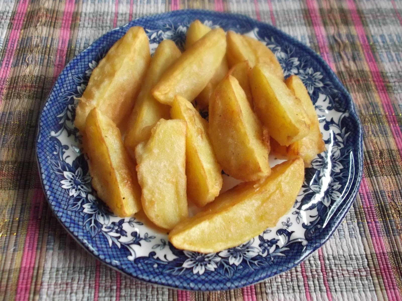 Kentang Wedges (Potato Wedges)