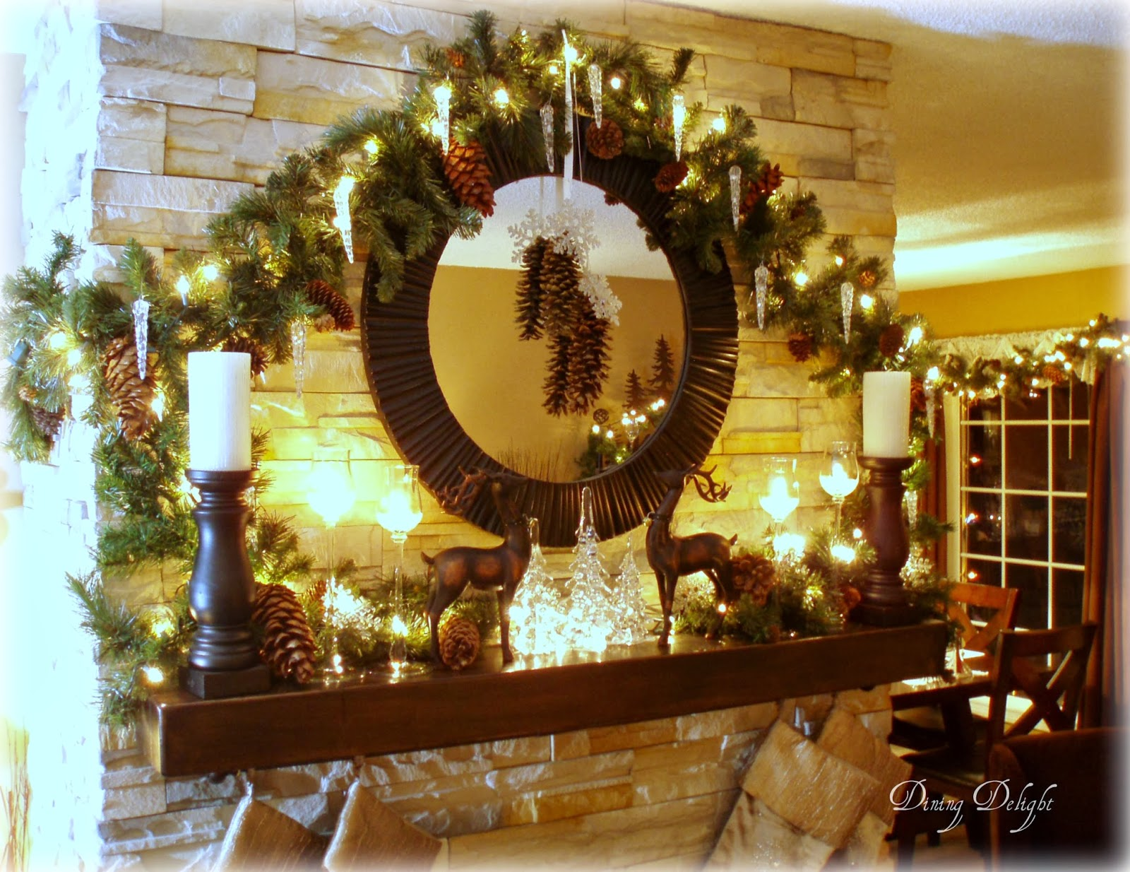Dining Delight: Rustic-Natural Christmas Mantel