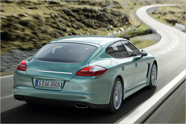 2012 Porsche Panamera now with diesel price and details