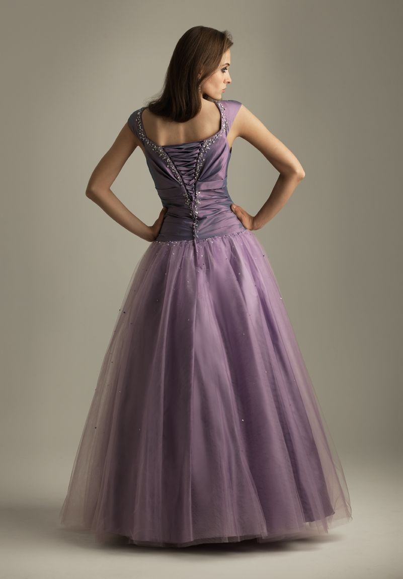 taffeta-and-tulle-scoop-ball-gown-long-prom-dress