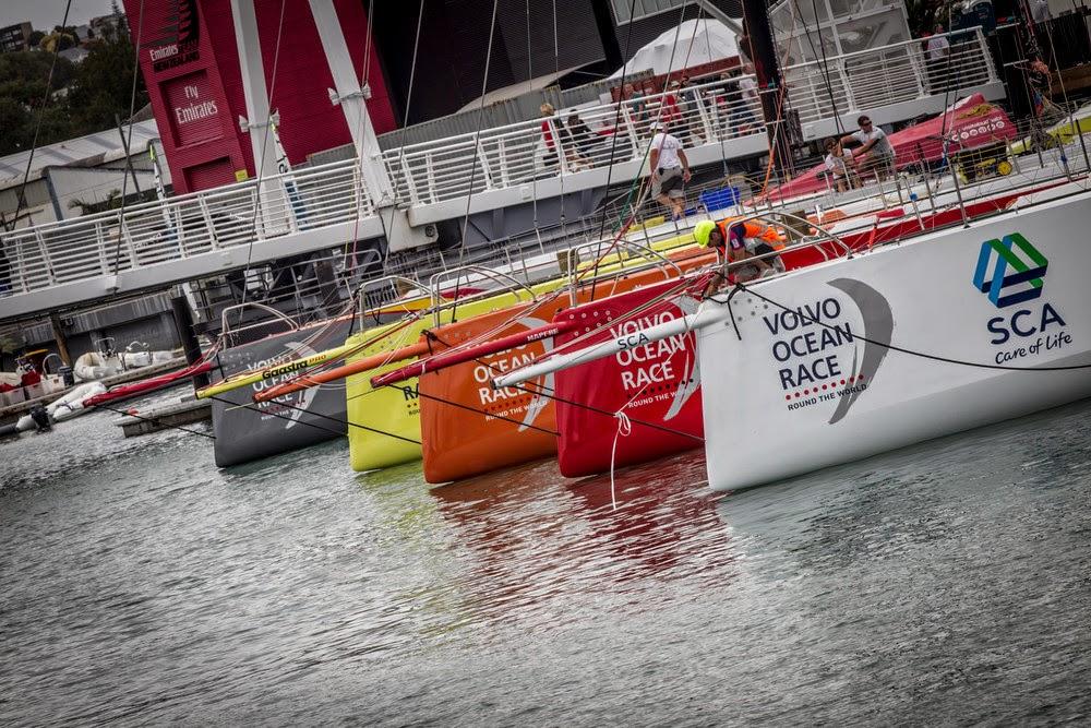 La flotte de la VOR à l'eau à Auckland.