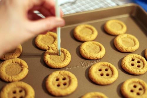 Biscoitos de amido de milho (Maizena) em forma de botões