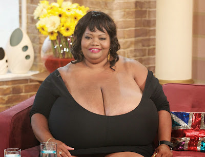 women with the largest breast № 332265