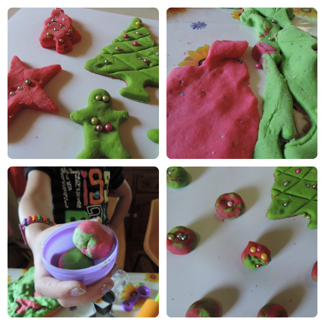 Quick and easy Christmas bauble playdough- a fun fine motor and sensory activity for all ages! From Mummy Musings and Mayhem