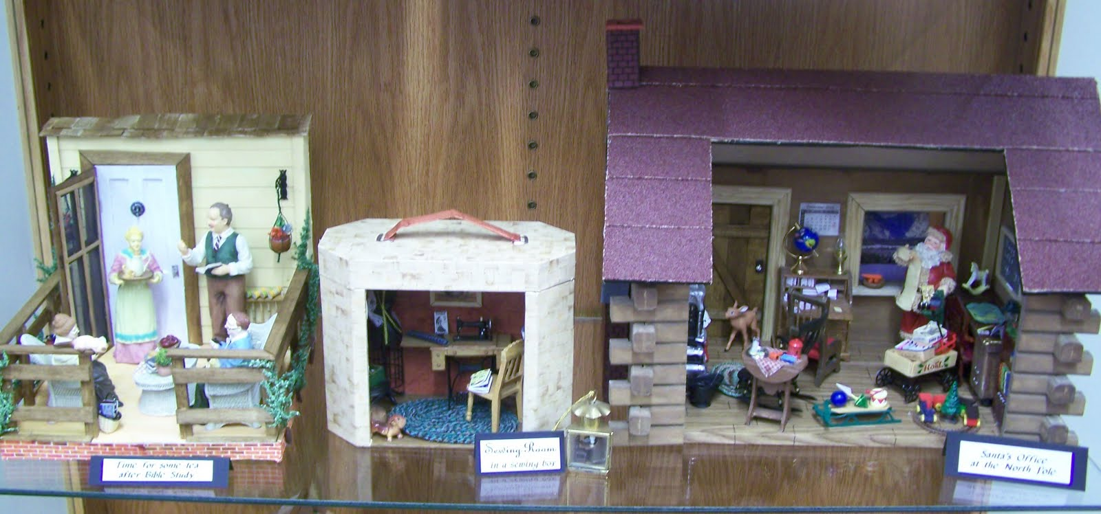 Dollhouses And Room Boxes On Display At Lyons Library Wayne