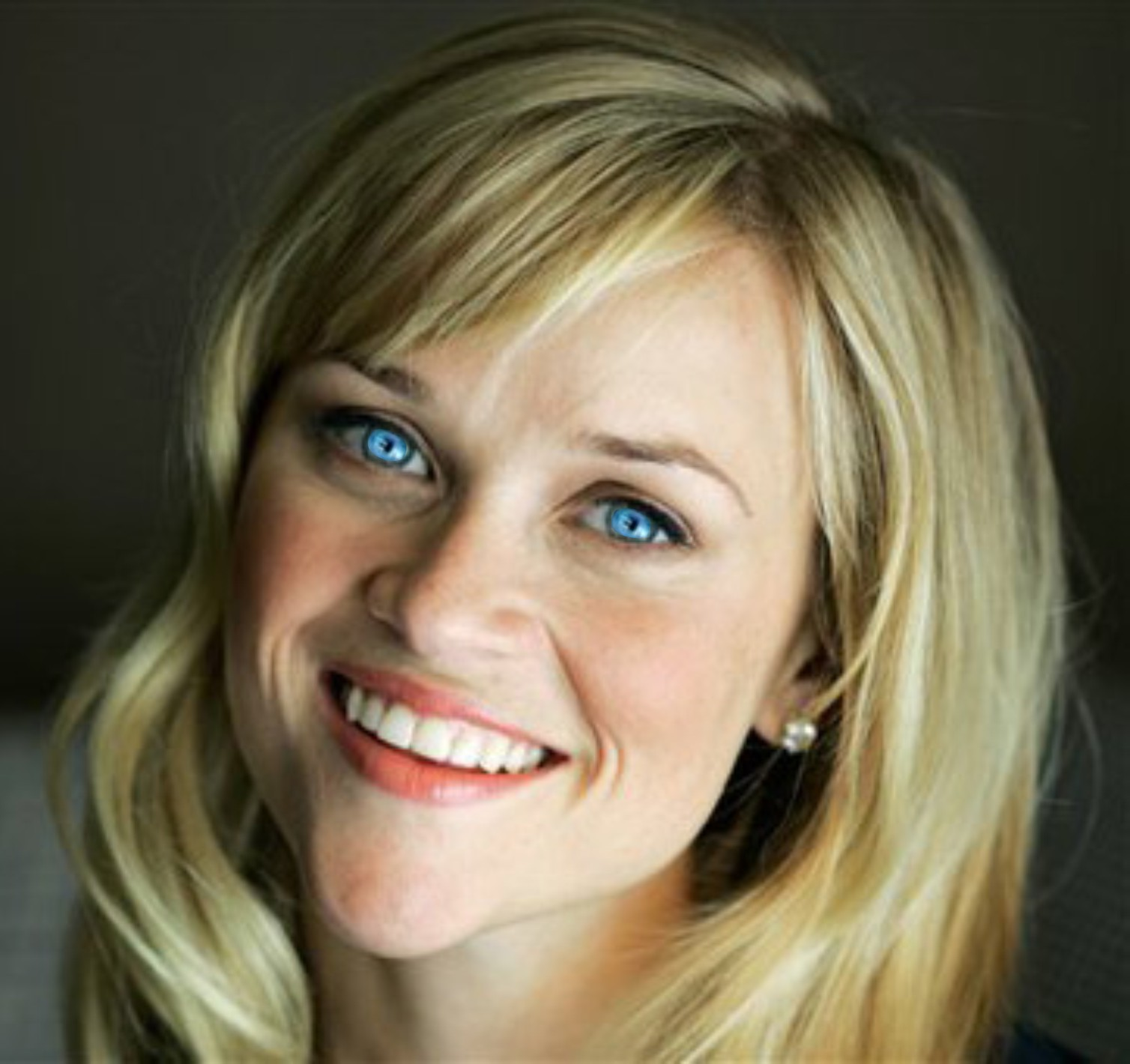 http://4.bp.blogspot.com/-Y7S_xuovbSA/UNe8x0EfaVI/AAAAAAAAE9o/P3P3Gj5qQww/s1600/Reese_Witherspoon.jpg