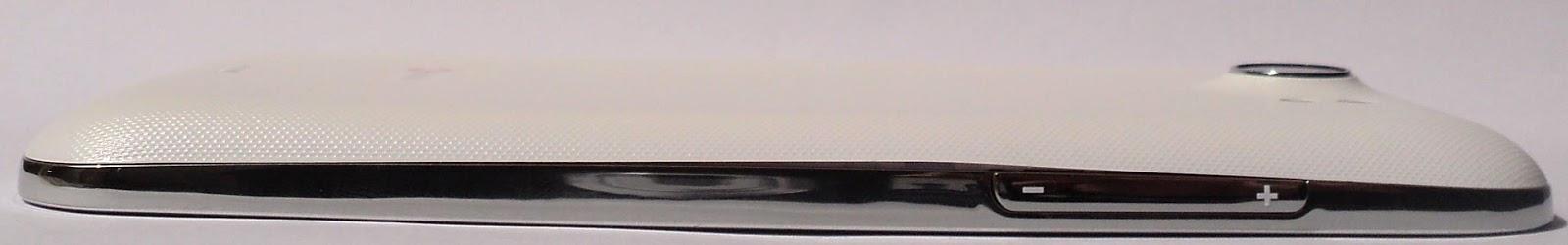 Qmobile Noir A10 side