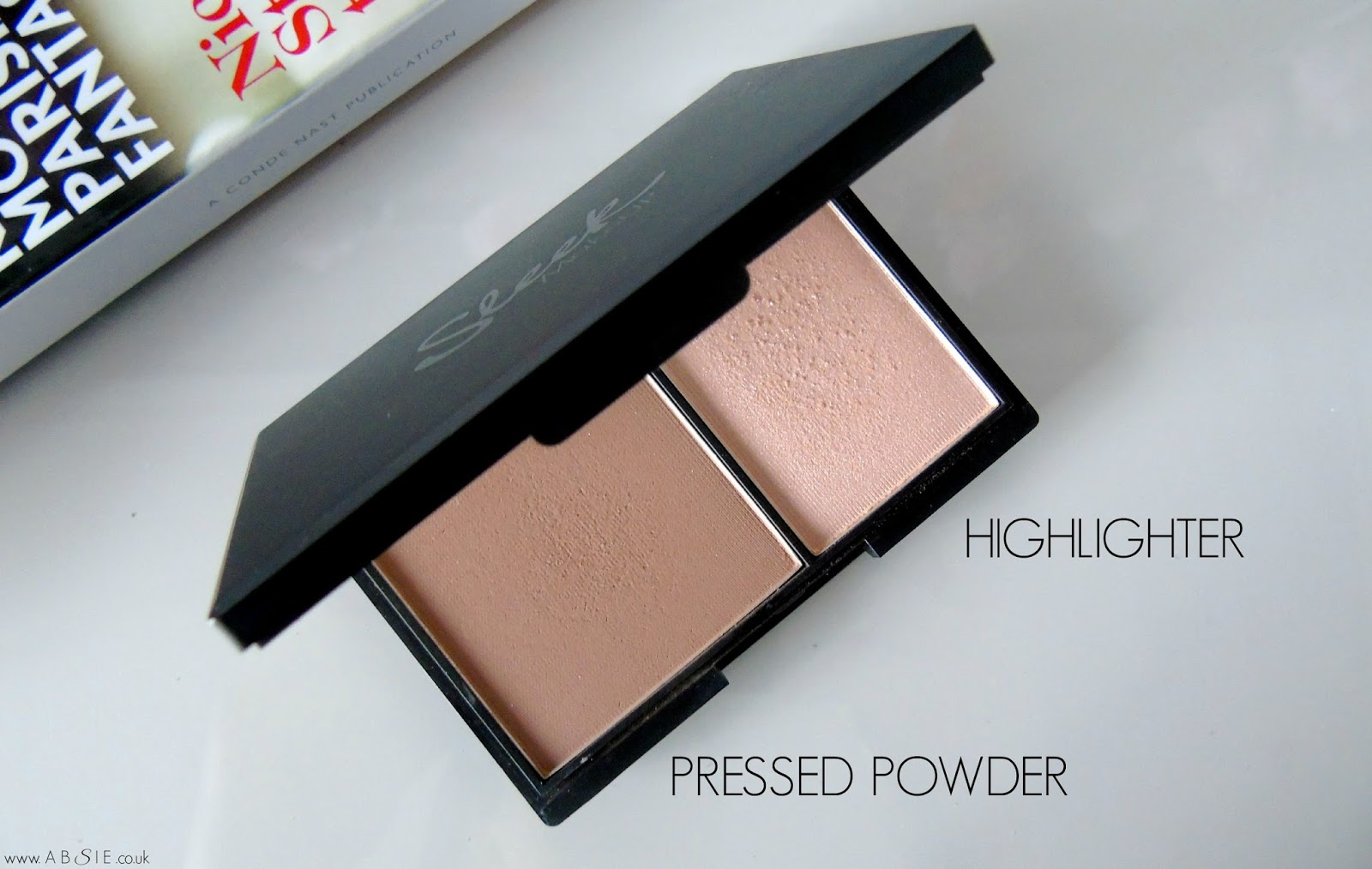 Sleek Face Contour Kit in Light | Review + Swatches | Absie