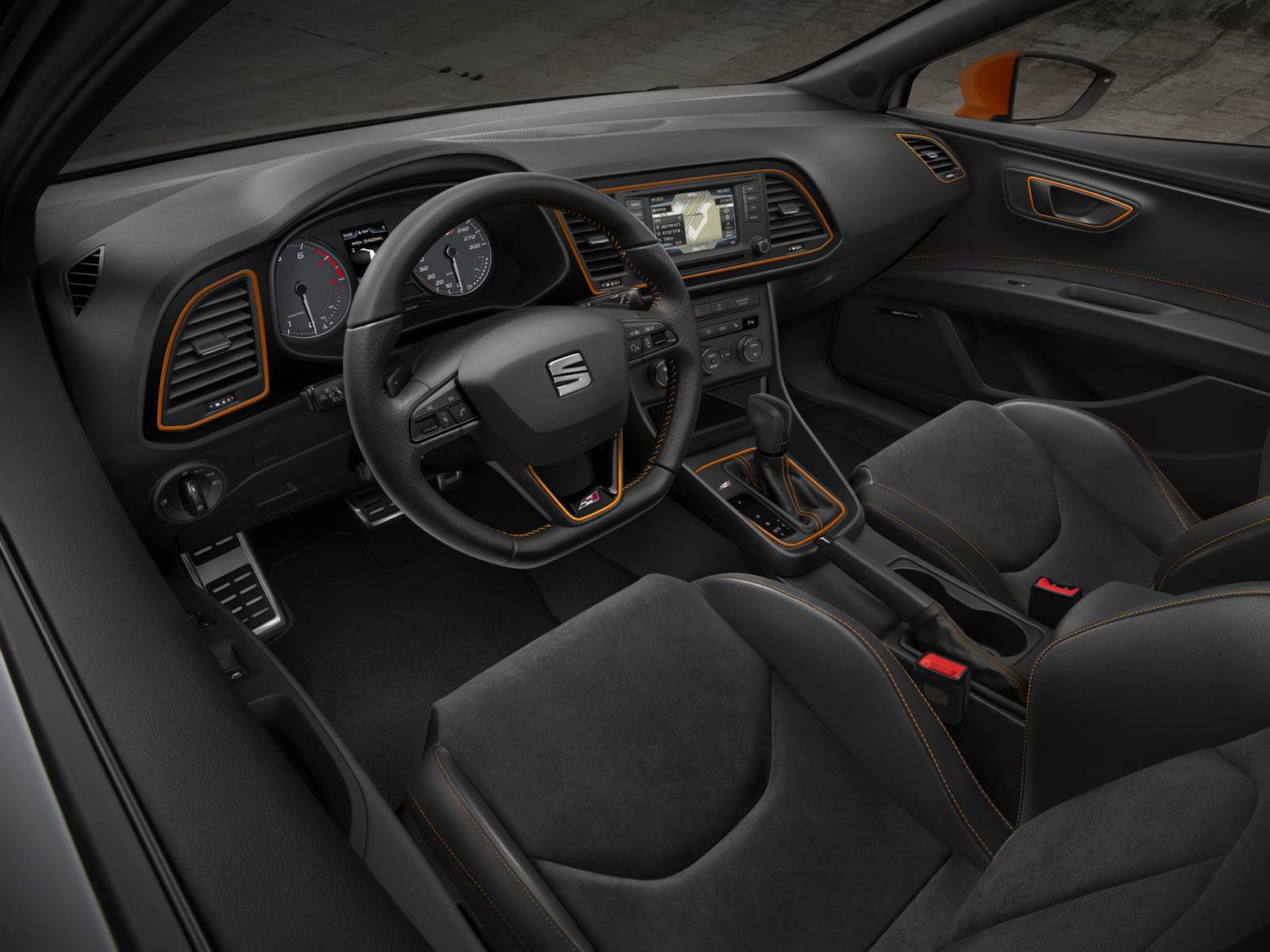 Ranking dos 7 hatch s esportivos mais potentes de 2015 car blog br - Seat leon interior ...
