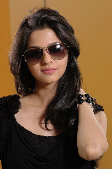 Vedhika in Black Dress Cute Picture Photo Shoot - N/W  Vedika-Hot-Photoshoot-Stills-CF-03