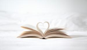 شاركنا برأيك: ما هو الكتاب الذي أثّر في حياتك؟