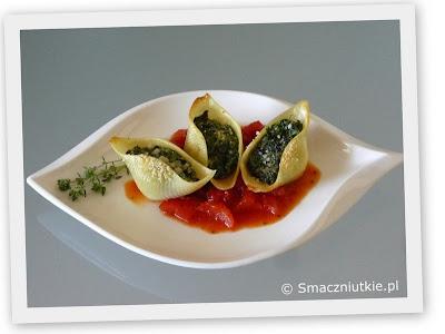 Makaronowe muszle nadziewane szpinakiem i fetą