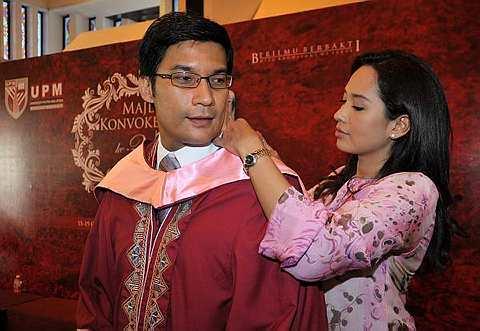 Gambar Vanidah Imran dan Rashidi Ishak Konvo UPM