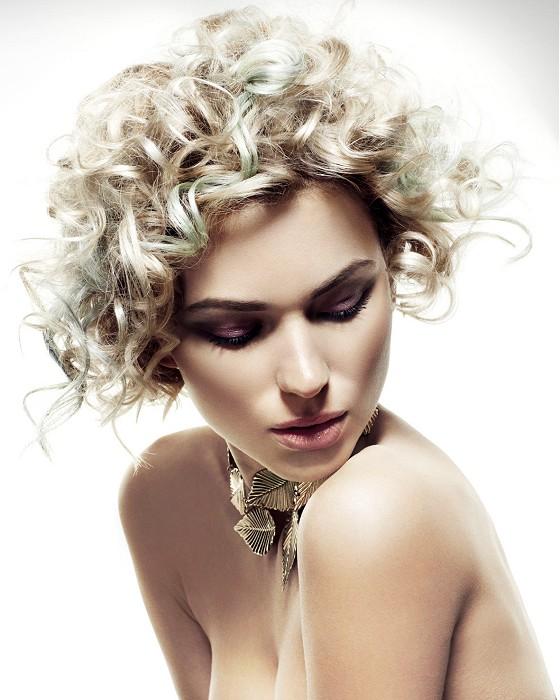 aqu las mejores imgenes de cortes y peinados de pelo corto con rizos para mujerescomo fuente de inspiracin with peinados para el pelo corto y rizado