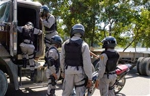 AI alerta que aumentan los muertos a manos de la policía en República Dominicana