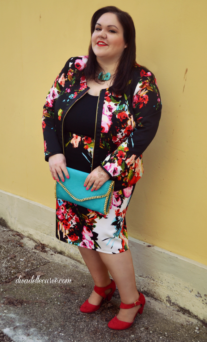 outfit plus size con completo stampa floreale igigi