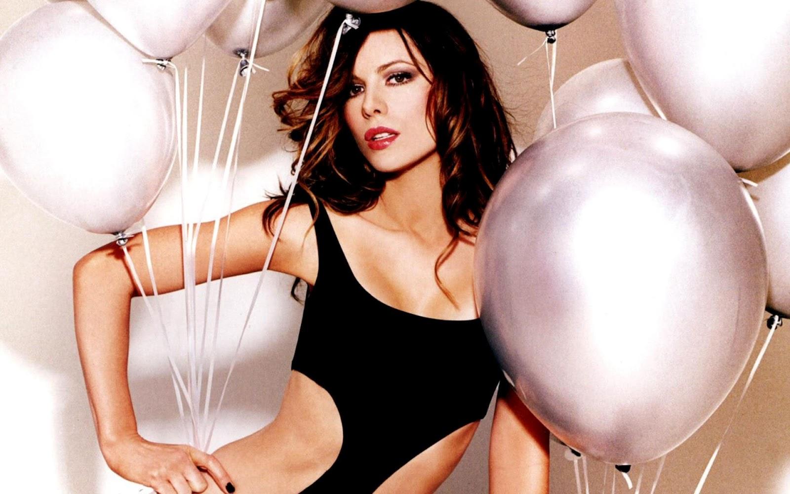Kate Beckinsale una actriz muy sexy en Total Recall (Desafío Total)
