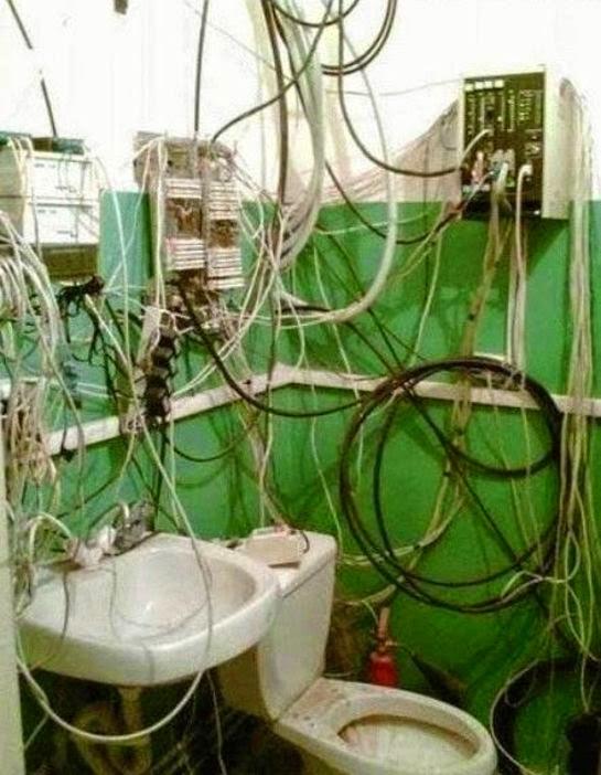 Objet connecté : le WC. Bonjour les branchements !
