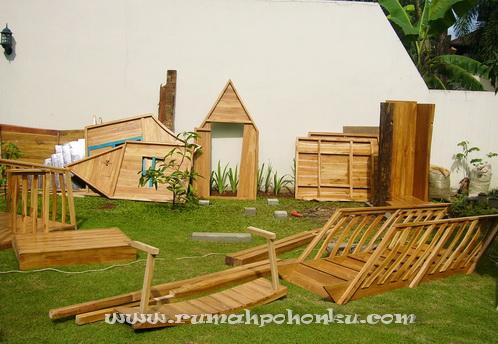 proses pembuatan dan instalasi rumah pohon