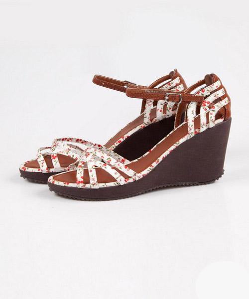 lc waikiki 2013 ayakkabı koleksiyonu-9