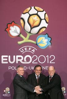 Logo dan Maskot Euro 2012 kawulo-nyantrik.blogspot.com