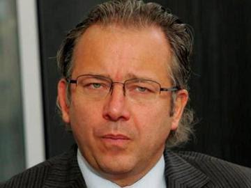 Philippot, presidente de UER, solicita un dominio para emisoras de radio