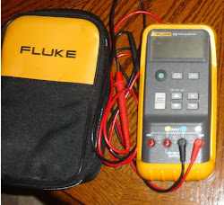 FLUKE 712 RTD CALIBRATOR (used)