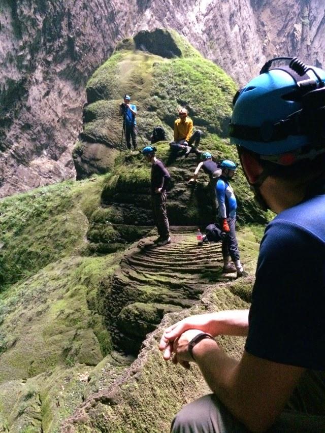 trekking Son Doong 13
