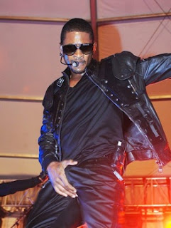 Usher Crotch Grab