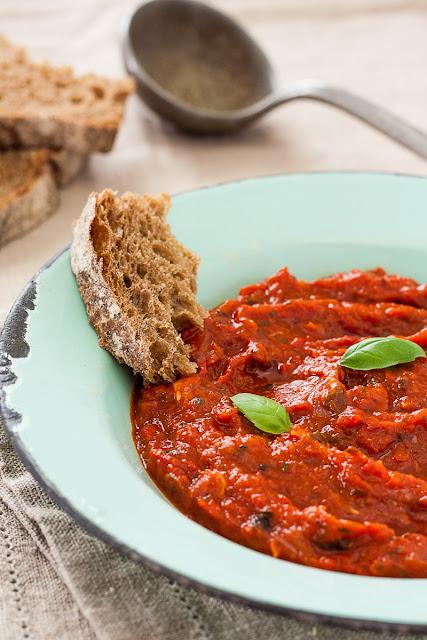 Salsa od grilovanog paradajza i paprika