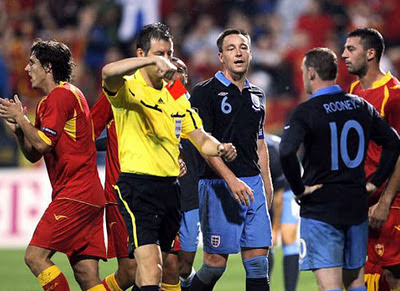 Rooney red card during England vs Montenegro