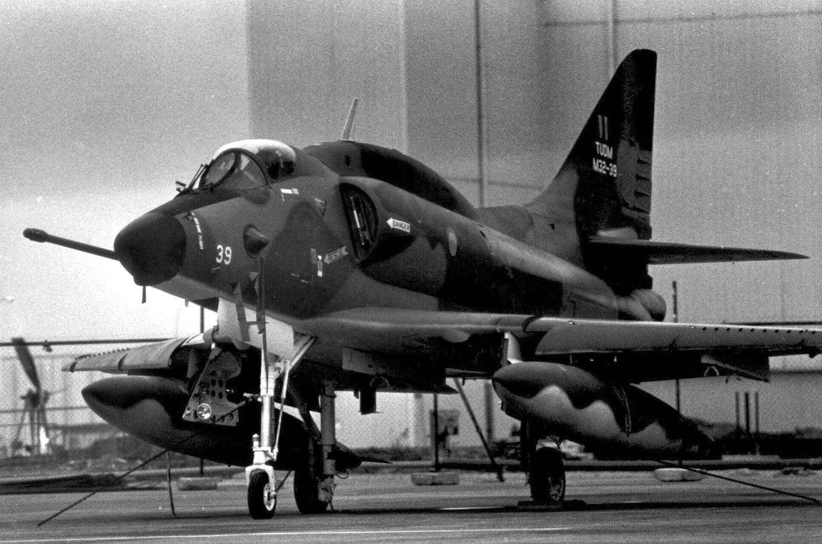 Kisah Leftenan Wahi Yang Hilang DiLautan Luas Bersama Skyhawk Tentera Udara.