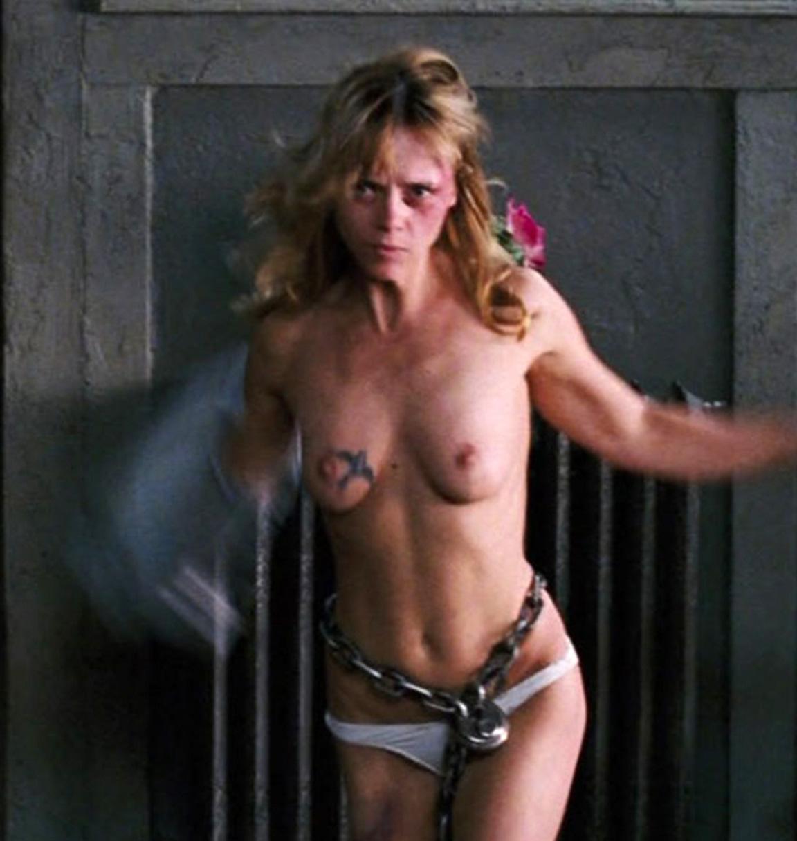 christina-ricci-sex-movies-domination-her-head