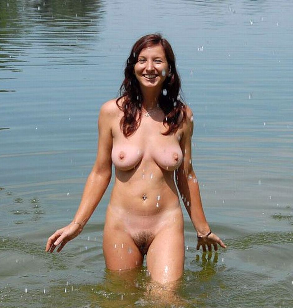 nudist women photo of the day 06 14 11   good naked