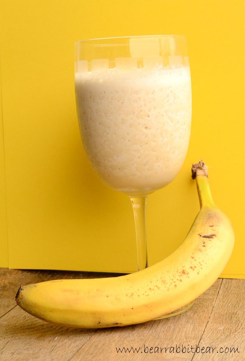how to make a healthy strawberry banana shake
