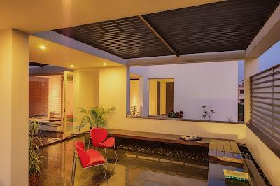 Rumah Overhang 12
