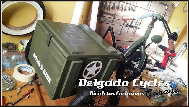 Triciclo kustom militar asiento regulable.
