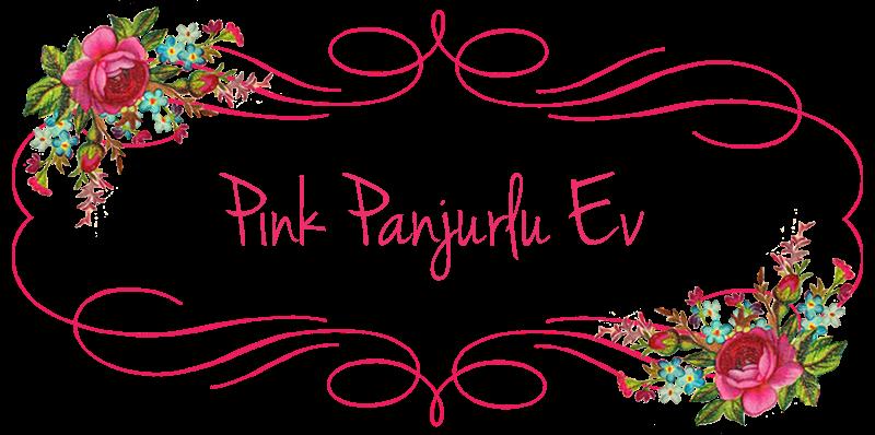 Pink Panjurlu Ev