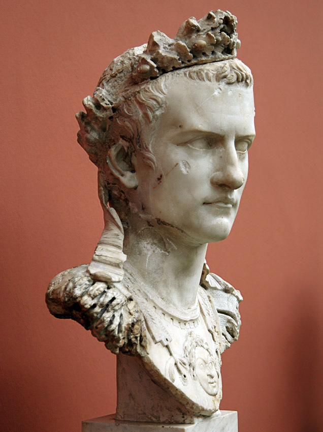 Caligula Nude Photos 13