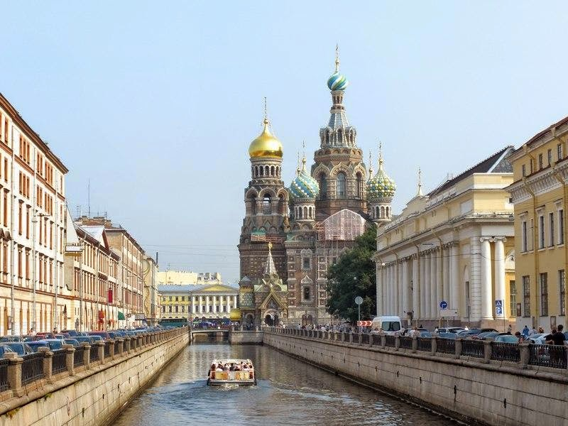 Водная экскурсия «Возвращение в старый Петербург»